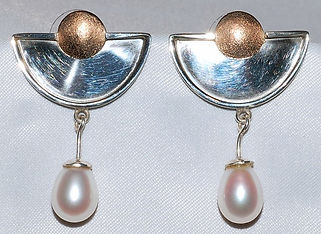 14k Sterling Fresh Water Pearl Earrings