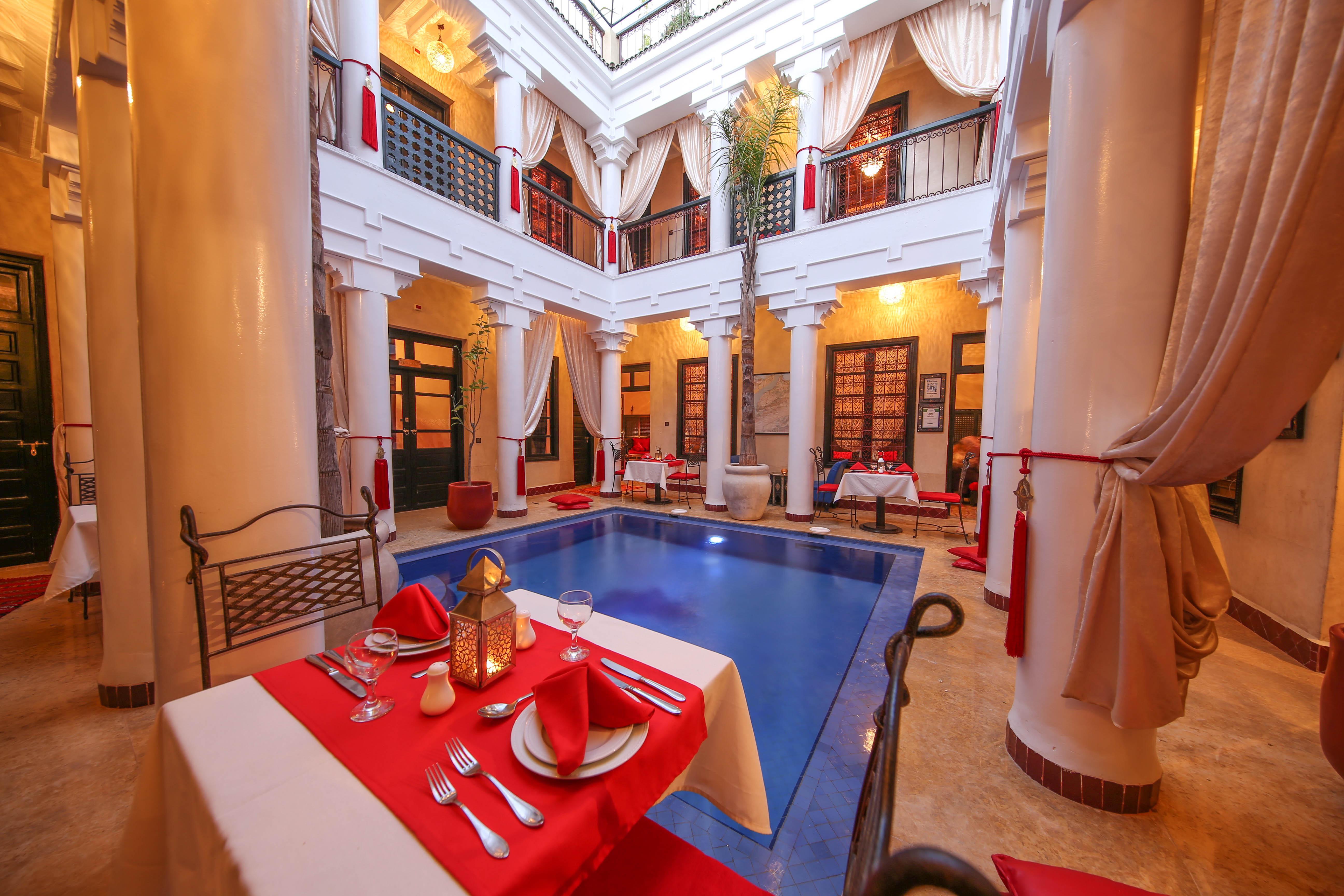 Riad Africa - African Pool & Atrium (2)