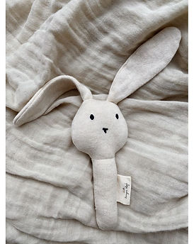 konges-slojd-activity-hand-rabbit-off-wh