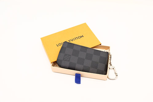 buy preloved authentic Louis Vuitton Cles in DG