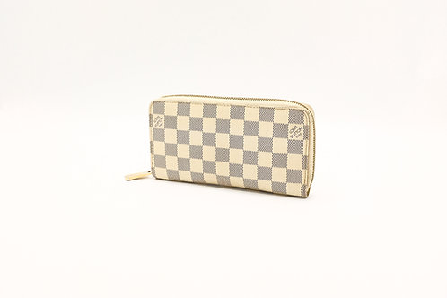 Louis Vuitton Zippy Wallet in Damier Azure