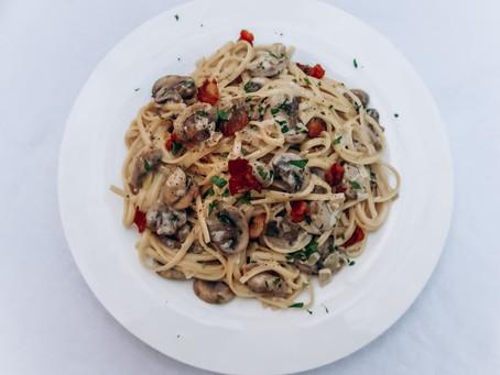 Linguine with White Wine Mushroom Sauce