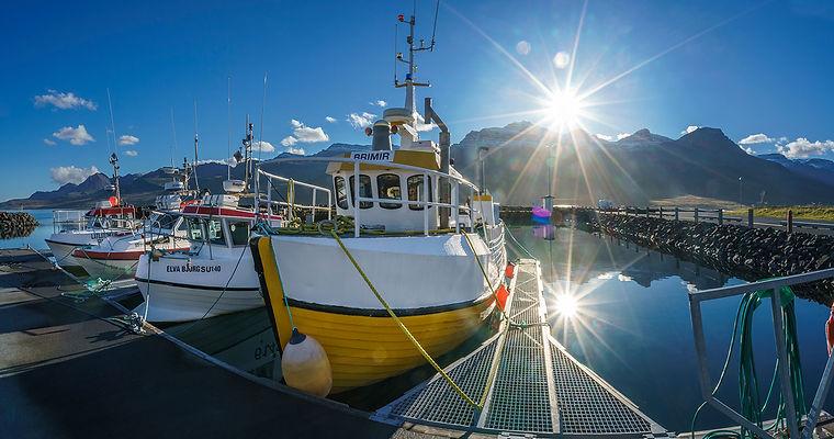 Fishing-boats-in-the-harbor-Faskrudsfjor