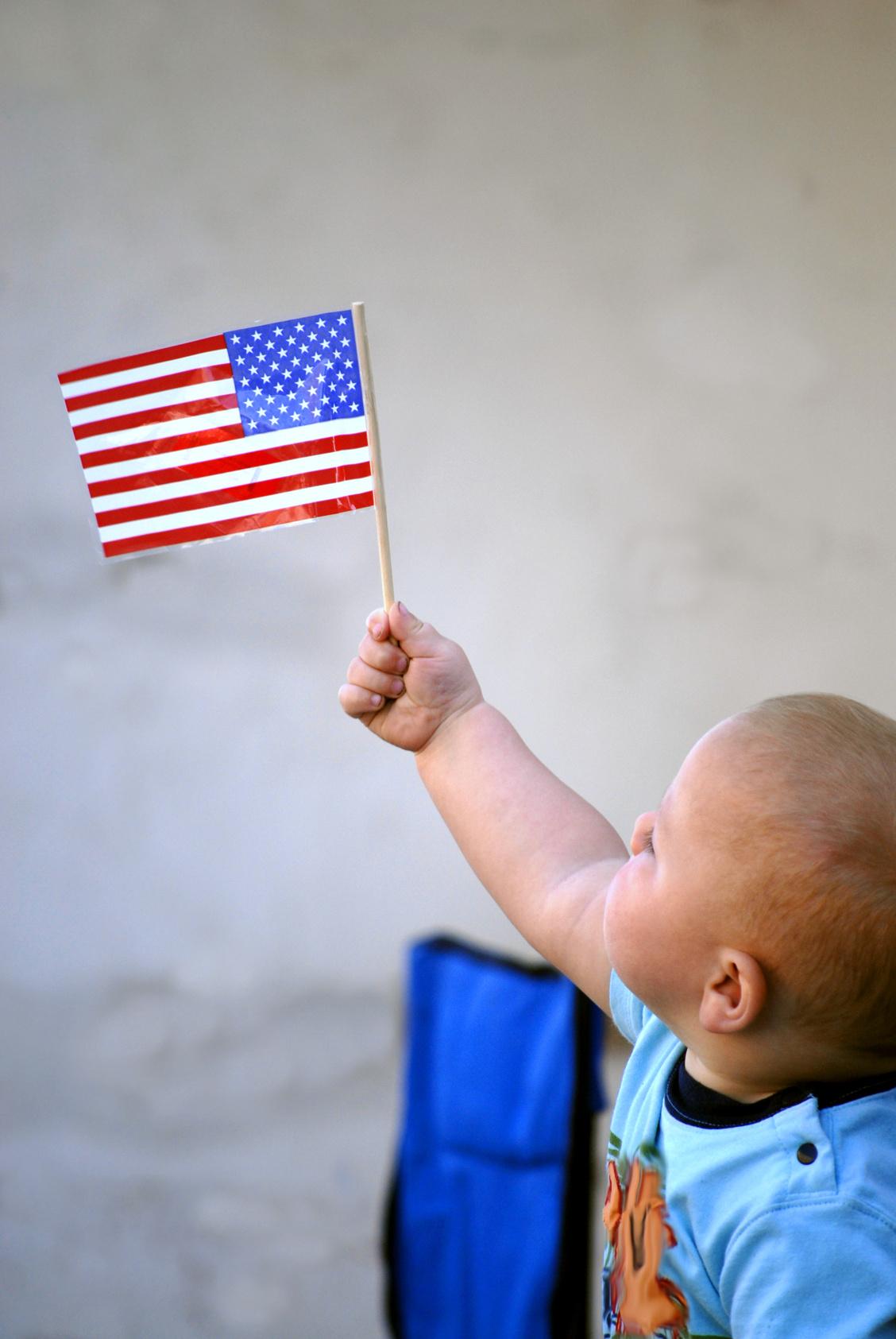 flag kid