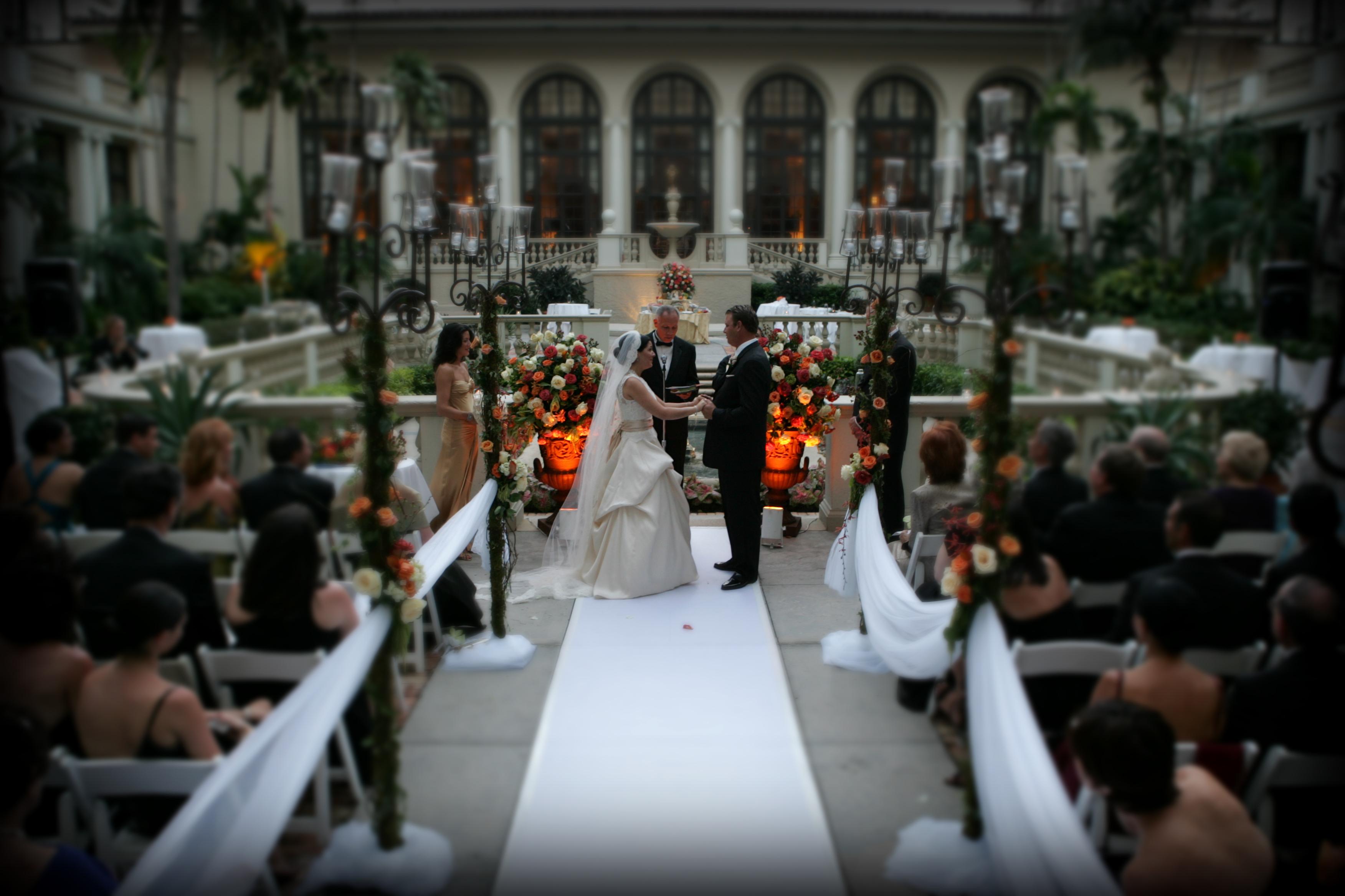 brakers hotel wedding06 020.jpg