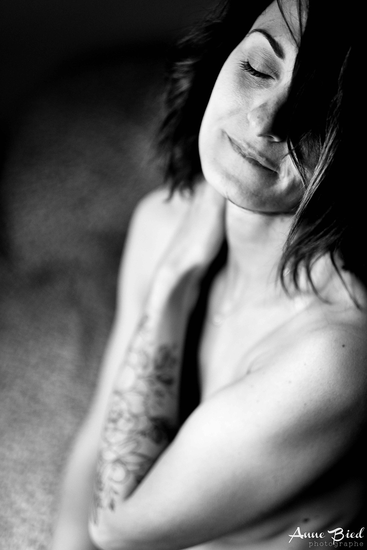 séance photo thérapie - expérience photo thérapie - anne bied - photographe boudoir paris - photographe lifestyle yvelines - photographe portrait intime essonne