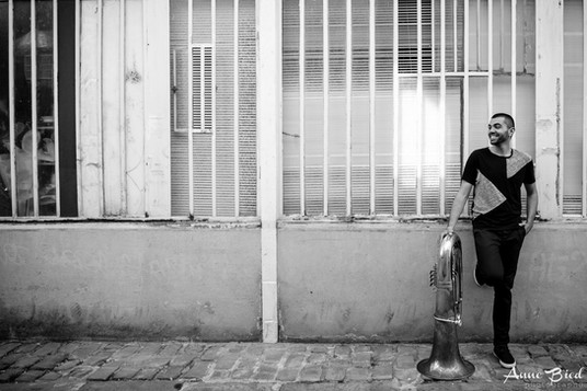 Portrait musicien Paris tuba