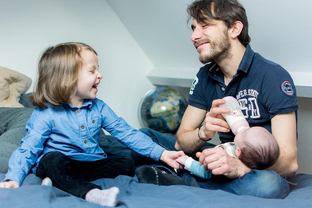 séance famille à domicile - anne bied - photographe famille paris - photographe famille yvelines - photographe famille essonne