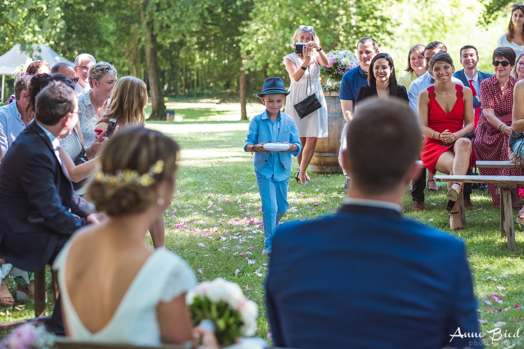 reportage mariage - anne bied - photographe mariage bourgogne - photographe mariage yvelines - photographe mariage ceremonie laique