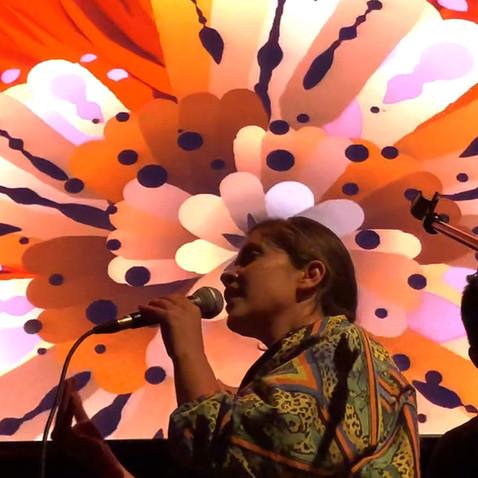 Jenny Beaujean & Rimiyoho Live
