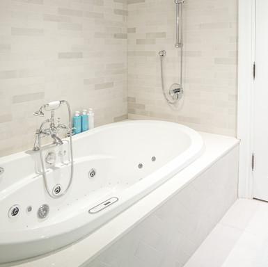 Girl's Bath 02_s.jpg