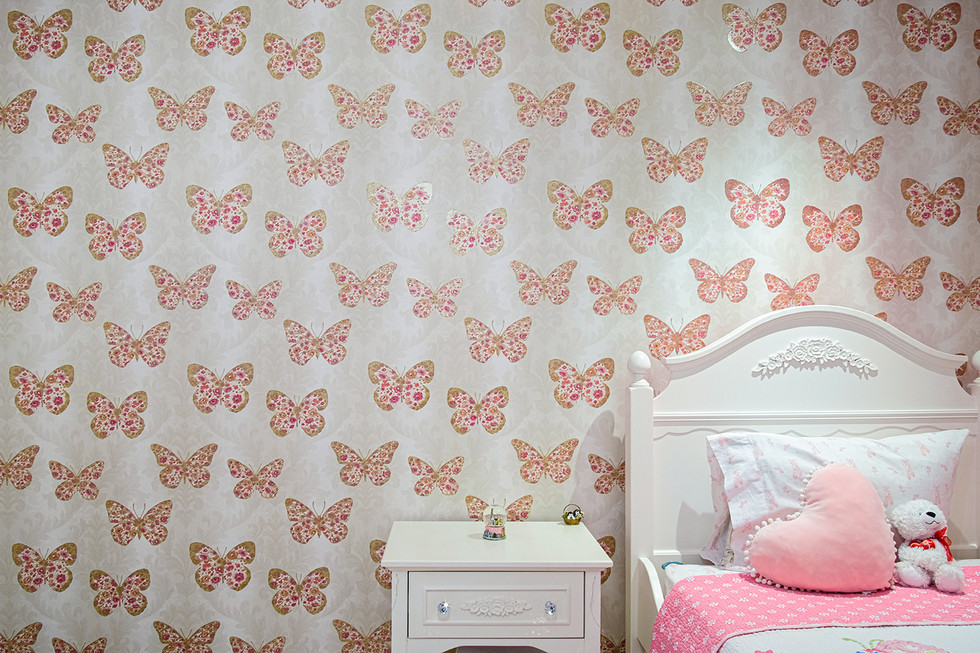 Girl's Bedroom Accent Wall