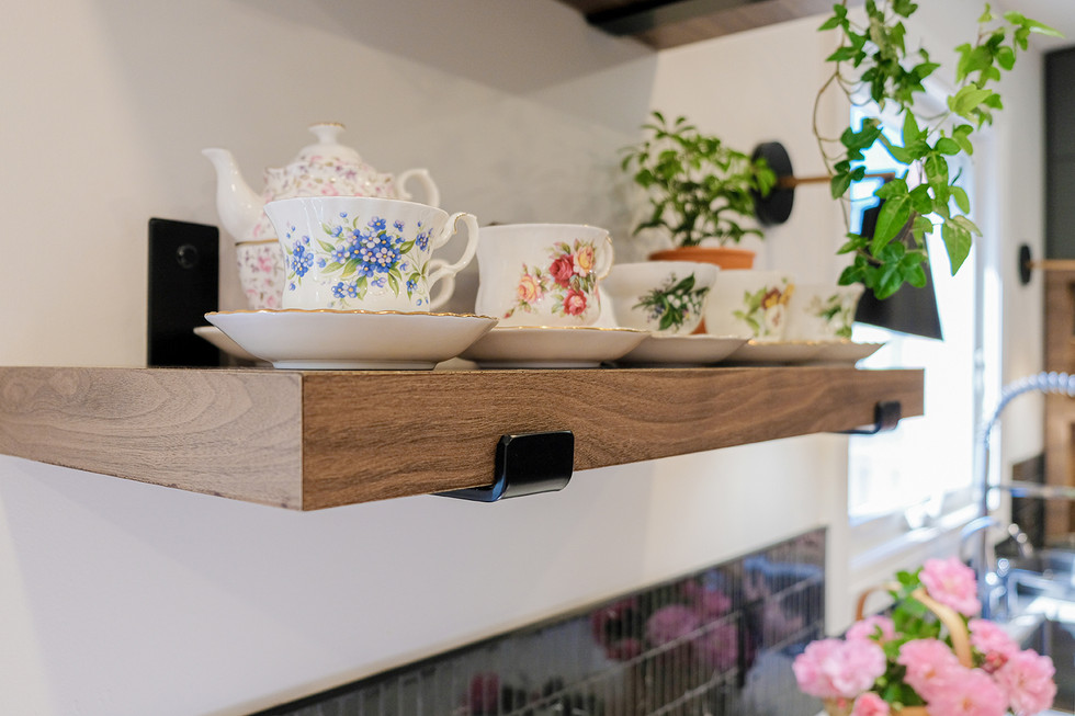 Floating Shelf Detail