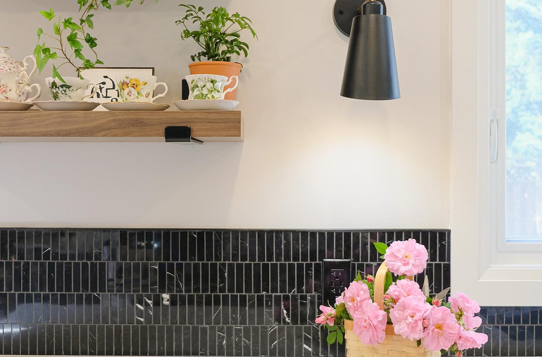 S_Detail_Floating Shelf & Wall Sconce.jp