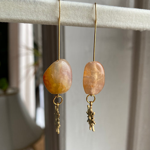 Handmade Ohrringe mit Stein und Sonne
