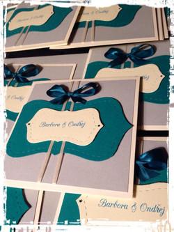 wedding invitations custom made