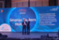 award from sponsor Jurong Port1.jpg