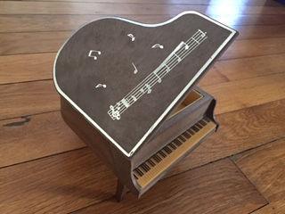 Piano_photo.JPG