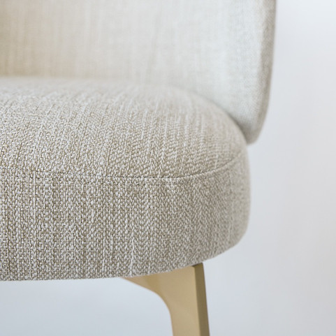 massanfertigung-customized-furniture-bar