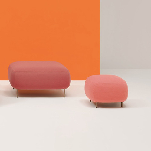 buddy-sofa-pedrali-lounge-neon-interiors