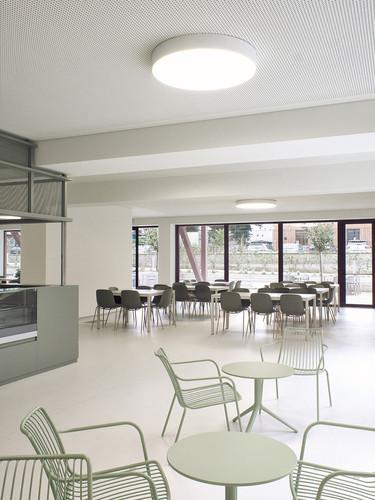 nolita-lounge-sessel-elliot-table-indoor
