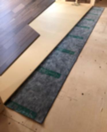 床の音を軽減してくれる遮音シート