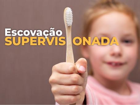 A ESCOVAÇÃO SUPERVISIONADA NA ESCOLA DURANTE A PANDEMIA DE COVID-19