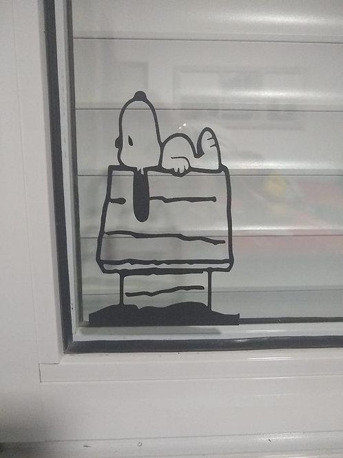 Adesivo Snoopy na casinha