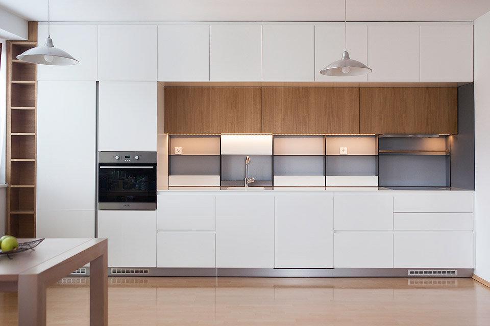 01-kuchyn-stena.jpg