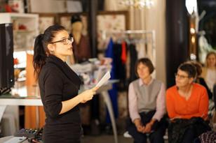 Schriftstellerin Tanja Kummer bei der Caritas-Zürich-Lesung (Zürich liest)