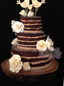 Wedding Cake | Naked Cake with Roses and Lovebirds