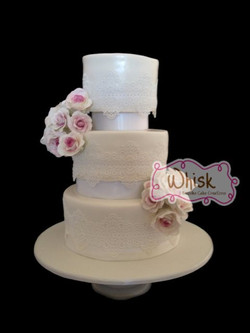 Wedding Cake | Tiered Lace and Roses
