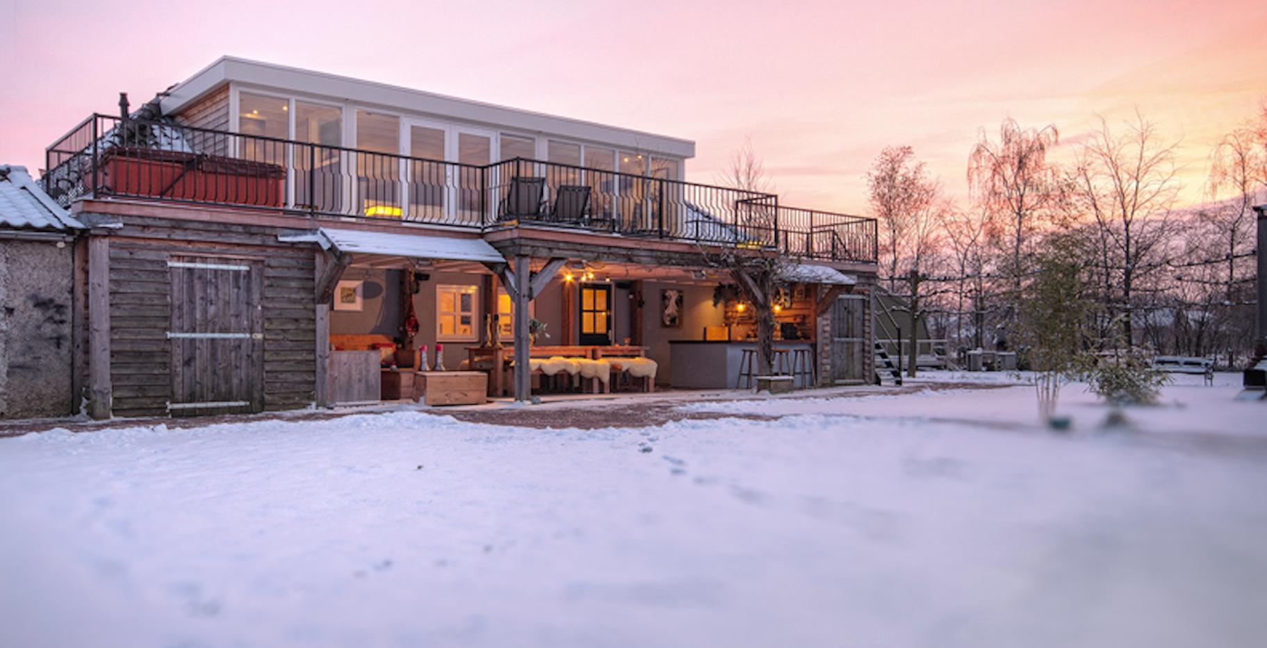 veranda buiten in winter.png