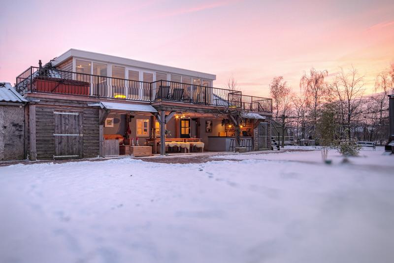 penthouse van afstand in winter.jpg