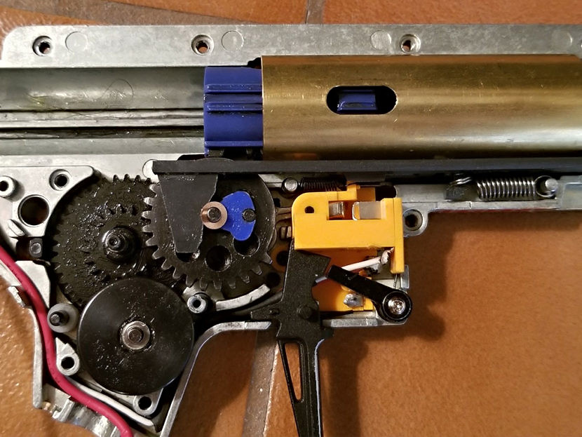 airsoft-gearbox-repairs-830x623.jpg