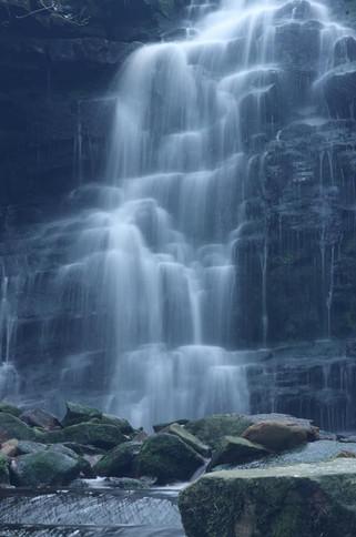 Woodland Waterfalls4.jpg