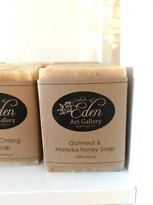 Oatmeal & Manuka Honey Soap