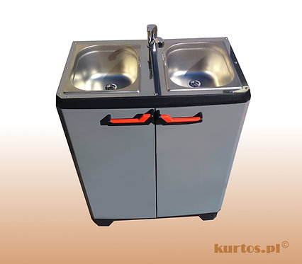 Mobile sink with heater