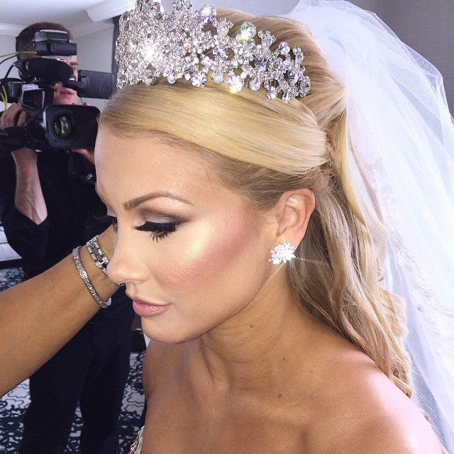 bridal hair with crown