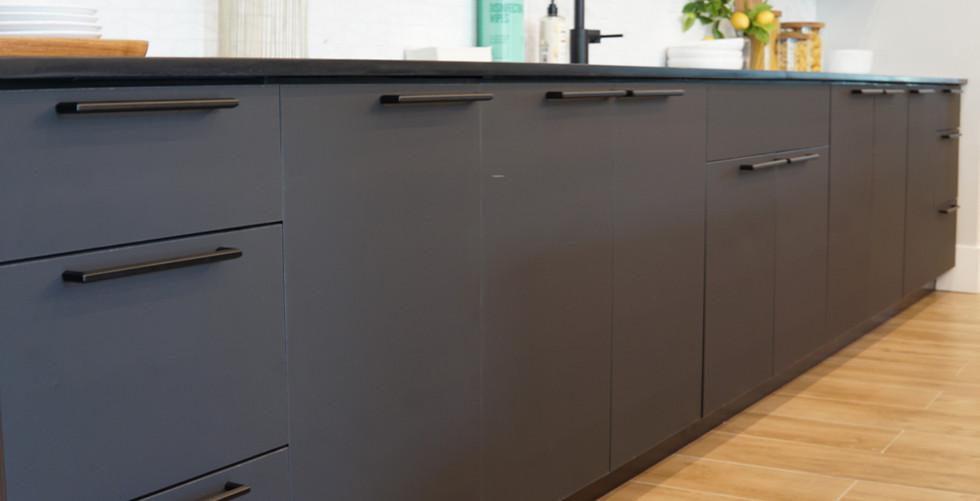 Kitchen Matte Black