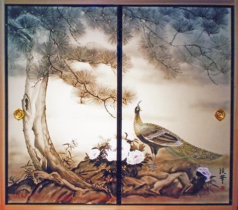 襖屏風『松に孔雀』