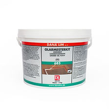 Long-lastig DANA Linseed Oil Putty for window restoration projects and wood repairs.