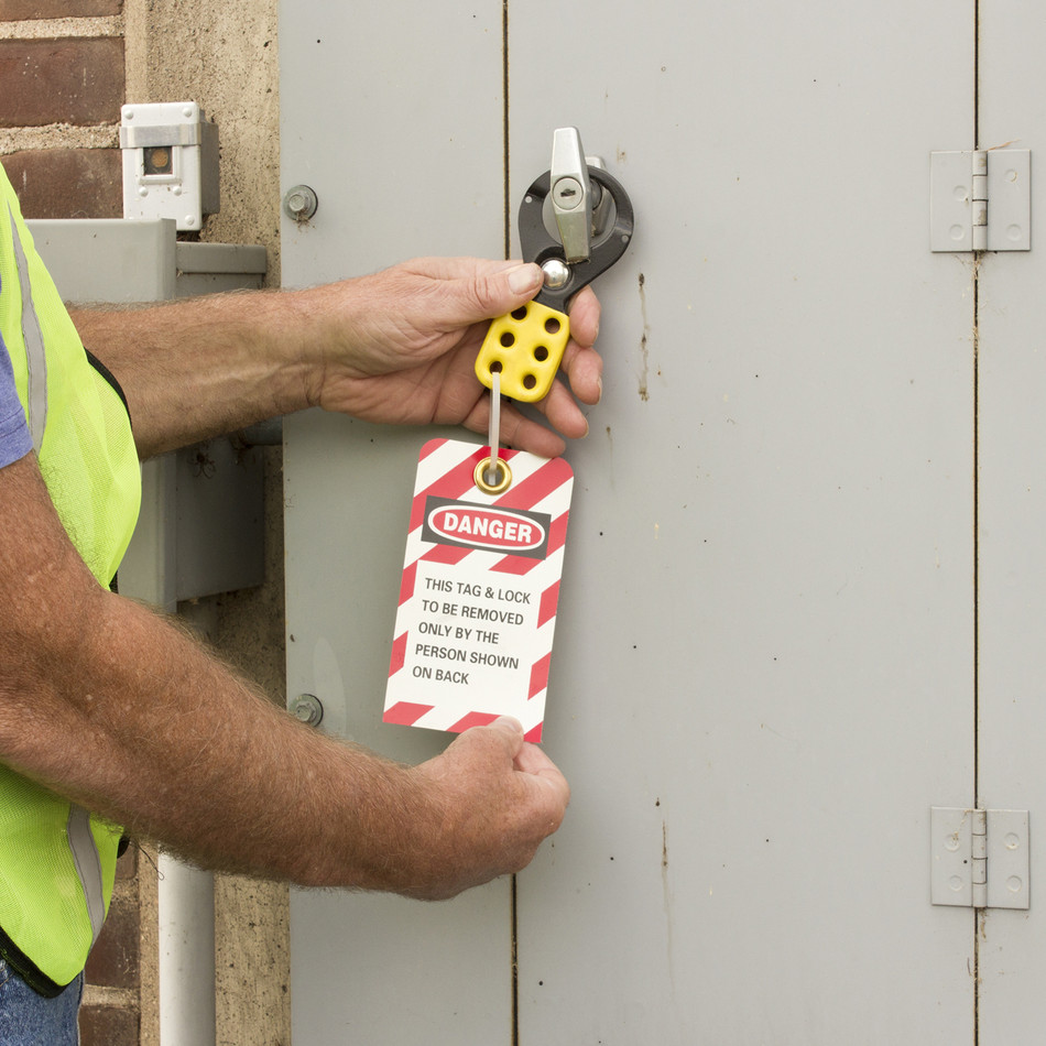 LOCKOUT/TAGOUT PROCEDURE