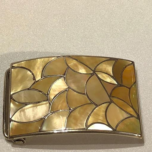 BUCKLE, GOLD LIP MOTHER-OF-PEARL