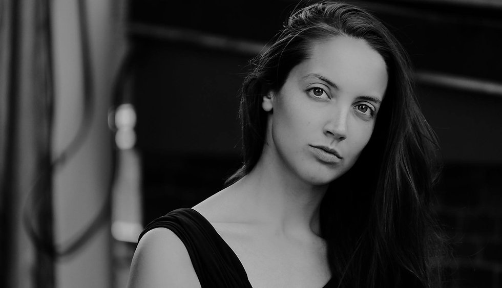 breanna ellison music english teacher.jp