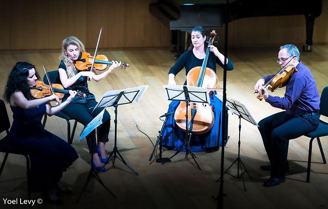 Carmel Quartet Discoverng New Worlds
