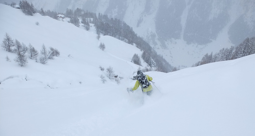 Powder skiing, Switzerland