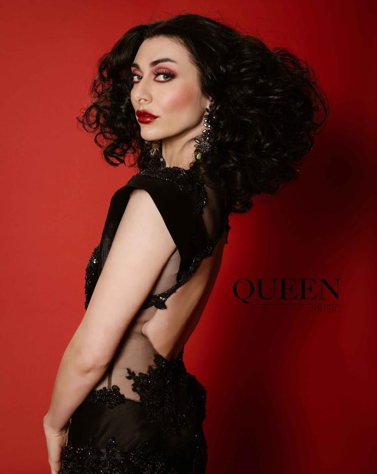 queen 2.jpg