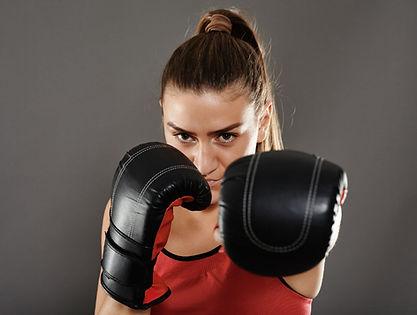 Sur-le-ring-avec-le-kick-boxing_width102