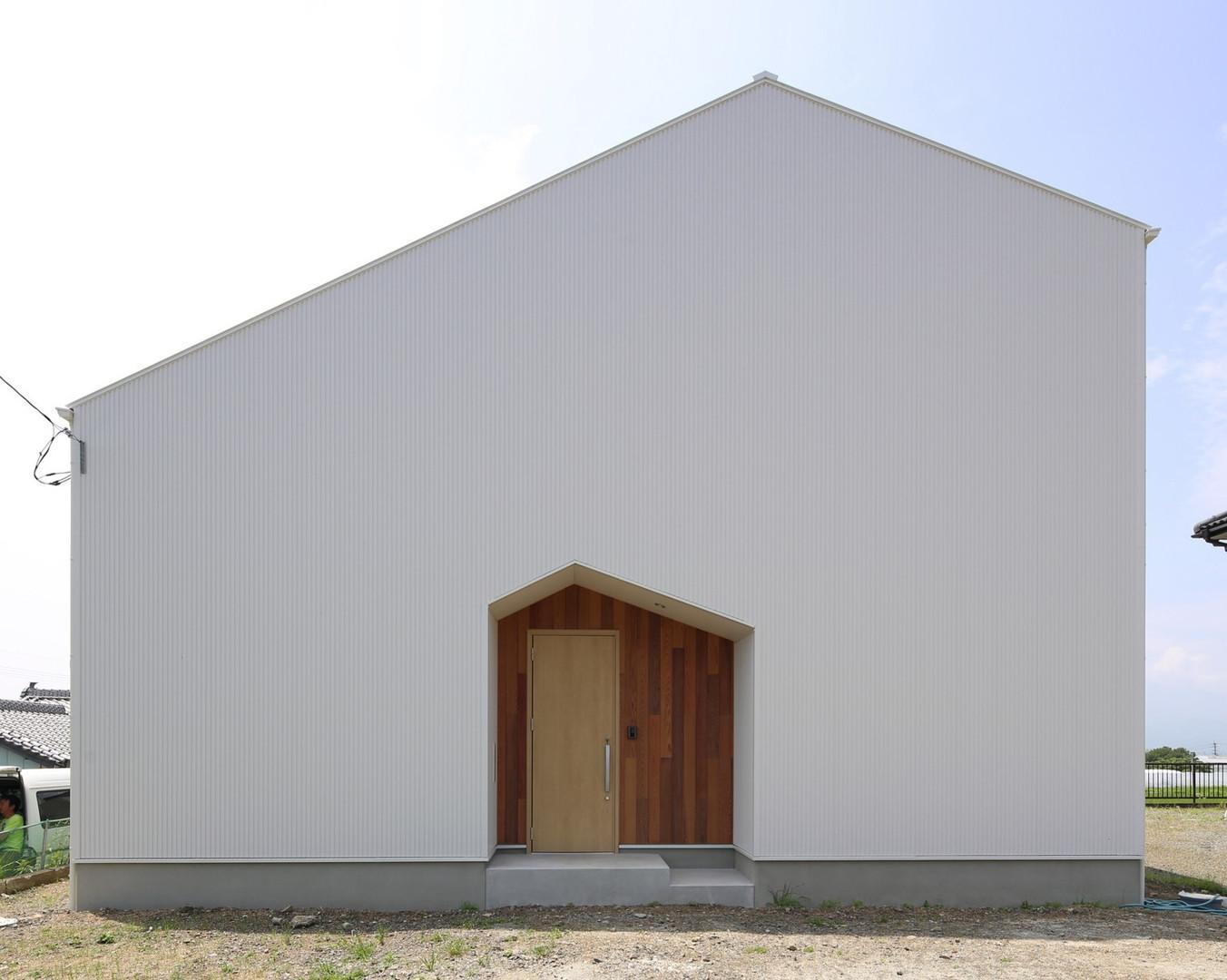 非対称な三角の家